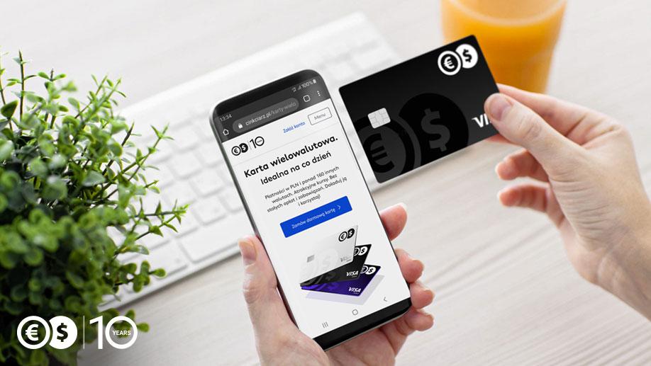 Karta wielowalutowa w telefonie
