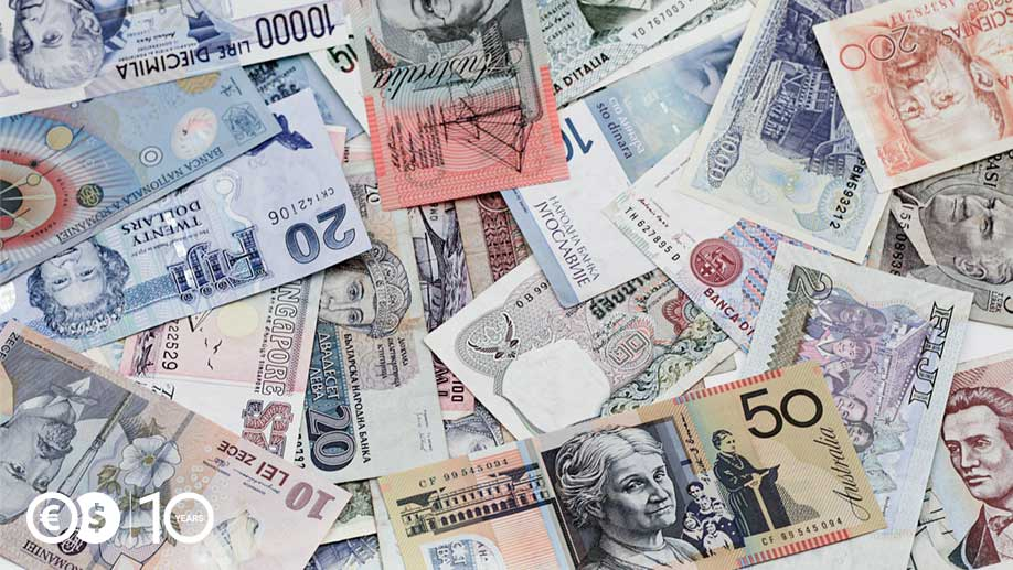 How many currencies are there in the world?